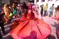 kemeriahan-perayaan-holi-di-india_20200312_015737.jpg