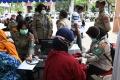 kepolisian-surabaya-mulai-disuntik-vaksin-covid-19_20210223_140224.jpg