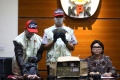 KPK Tunjukkan BB OTT Bupati Lampung Utara