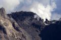 Kubah Lava Kawah Gunung Merapi