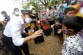 Kunjungan Menko PMK Muhadjir Effendy ke Anjir Batola