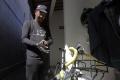 kurir-sepeda-antar-baik-siap-layani-warga-bali_20200626_012731.jpg