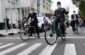 Lantik Lima Kepala Daerah, Ridwan Kamil Pergi Pulang Naik Sepeda Ontel