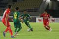 liga-1-persija-jakarta-takluk-0-1-dari-persebaya-surabaya_20211027_030631.jpg