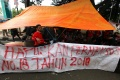 Mahasiswa Disabilitas Netra Bandung Tinggal di Trotoar
