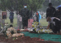 mahfud-md-inspektur-pemakaman-sudi-silalahi-di-tmp-kalibata_20211026_212341.jpg