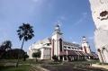 masjid-agung-at-tin-di-kompleks-tmii_20210420_210617.jpg