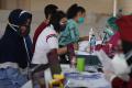 Masyarakat Maritim Kenjeran Serbu Vaksinasi Lantamal V
