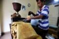 melihat-pengolahan-bis-kota-kopi-legendaris-dari-jatinegara_20210306_084910.jpg