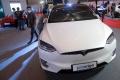 mobil-listrik-dipamerkan-di-iims-hybrid-2021_20210420_192846.jpg