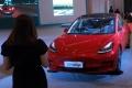 mobil-listrik-dipamerkan-di-iims-hybrid-2021_20210420_193218.jpg