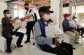 Paket Sembako untuk Pelaku Transportasi di Terminal Leuwipanjang