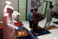 pandemi-covid-19-salat-tarawih-dirumahaja_20200427_082622.jpg