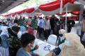 Panglima TNI dan Kapolri Tinjau Serbuan Vaksinasi Buruh di Jabar