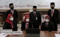Para Awak Media Menunggu Saat Pelantikan 17 Kepala Daerah Jateng
