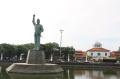 patung-bung-karno-spot-wisata-kawasan-kota-lama-semarang_20211023_162220.jpg