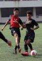 Pemain Tim Sepakbola PSIS Semarang Menjalani Latihan
