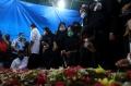 pemakaman-indah-halimah-putri-korban-sriwijaya-air-sj-182_20210125_151055.jpg