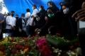pemakaman-indah-halimah-putri-korban-sriwijaya-air-sj-182_20210125_151945.jpg