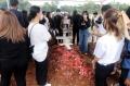 pemakaman-melisha-sidabutar-peserta-indonesian-idol-2020_20201210_191320.jpg