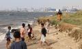 pencarian-2-remaja-tenggelam-di-pantai-ancol_20190618_164204.jpg