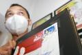 Perangko Vaksin Covid-19 Foto Jokowi Disuntik Vaksin