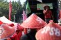 petani-sumatera-utara-demo-di-depan-istana-negara_20200826_172000.jpg
