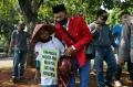 petani-sumatera-utara-demo-di-depan-istana-negara_20200826_173201.jpg
