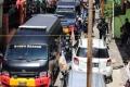 polisi-amankan-barang-bukti-dari-rumah-pelaku-bom-makassar_20210329_222142.jpg