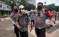 polisi-bubarkan-demo-di-depan-istana-merdeka_20210923_150916.jpg