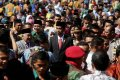 Presiden Jokowi Dikelilingi Ribuan Warga Muhammadiyah