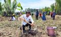 presiden-jokowi-menanam-pohon-mangrove-di-desa-tritih-kulon_20210923_193755.jpg