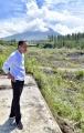 presiden-jokowi-meninjau-sabo-dam-kali-putih-magelang_20200214_151222.jpg