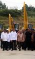 presiden-jokowi-resmikan-tpa-sampah-manggar_20191218_222838.jpg