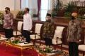 presiden-jokowi-salurkan-dana-bergulir-untuk-koperasi_20200724_024032.jpg