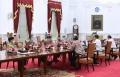 presiden-jokowi-terima-rombongan-amien-rais_20210309_203032.jpg