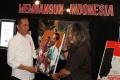 presiden-kunjungi-pameran-fotografi-membangun-indonesia_20191112_211229.jpg