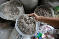 produksi-paving-block-berbahan-sampah-plastik_20201029_204111.jpg