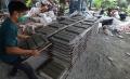 produksi-paving-block-berbahan-sampah-plastik_20201029_215601.jpg