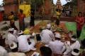 prosesi-umat-hindu-di-pekanbaru-sambut-nyepi_20180319_172135.jpg