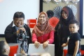 Ria Ricis dan Atta Halilintar Raih YouTube Diamond Award