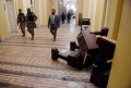 Ribuan Pendukung Donald Trump Serbu Gedung Kongres Amerika