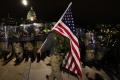 ribuan-pendukung-donald-trump-serbu-gedung-kongres-amerika_20210107_235210.jpg
