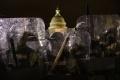 ribuan-pendukung-donald-trump-serbu-gedung-kongres-amerika_20210107_235348.jpg