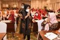 risma-dan-sejumlah-tokoh-perempuan-doa-bersama-dukung-eri-armuji_20201204_184654.jpg