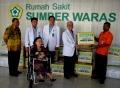 rs-sumber-waras-bantu-bencana-alam-lombok_20180815_004224.jpg