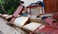 rumah-runtuh-dihantam-gempa-di-sukabumi_20200310_200050.jpg