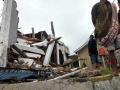 rumah-runtuh-dihantam-gempa-di-sukabumi_20200310_200153.jpg