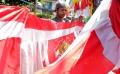 sambut-hut-ri-ke-74-marak-penjual-bendera-merah-putih_20190813_143750.jpg