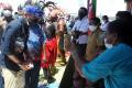 Sandiaga Uno Menteri Pertama Kunjungi Kampung Yoboi Papua